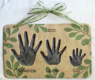 3 hand leaf sibling plaque 2