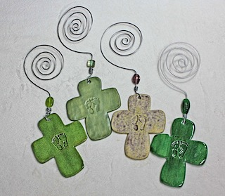 Baby Feet Crosses 4