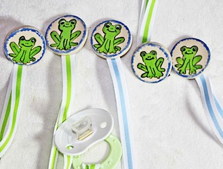 Frog Baby Binky Holder Clip
