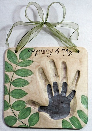 Mommy and me hand in hand impression