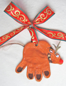Reindeer-hand-ornament2