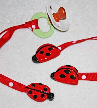 Sculpted Ladybug Baby Clip